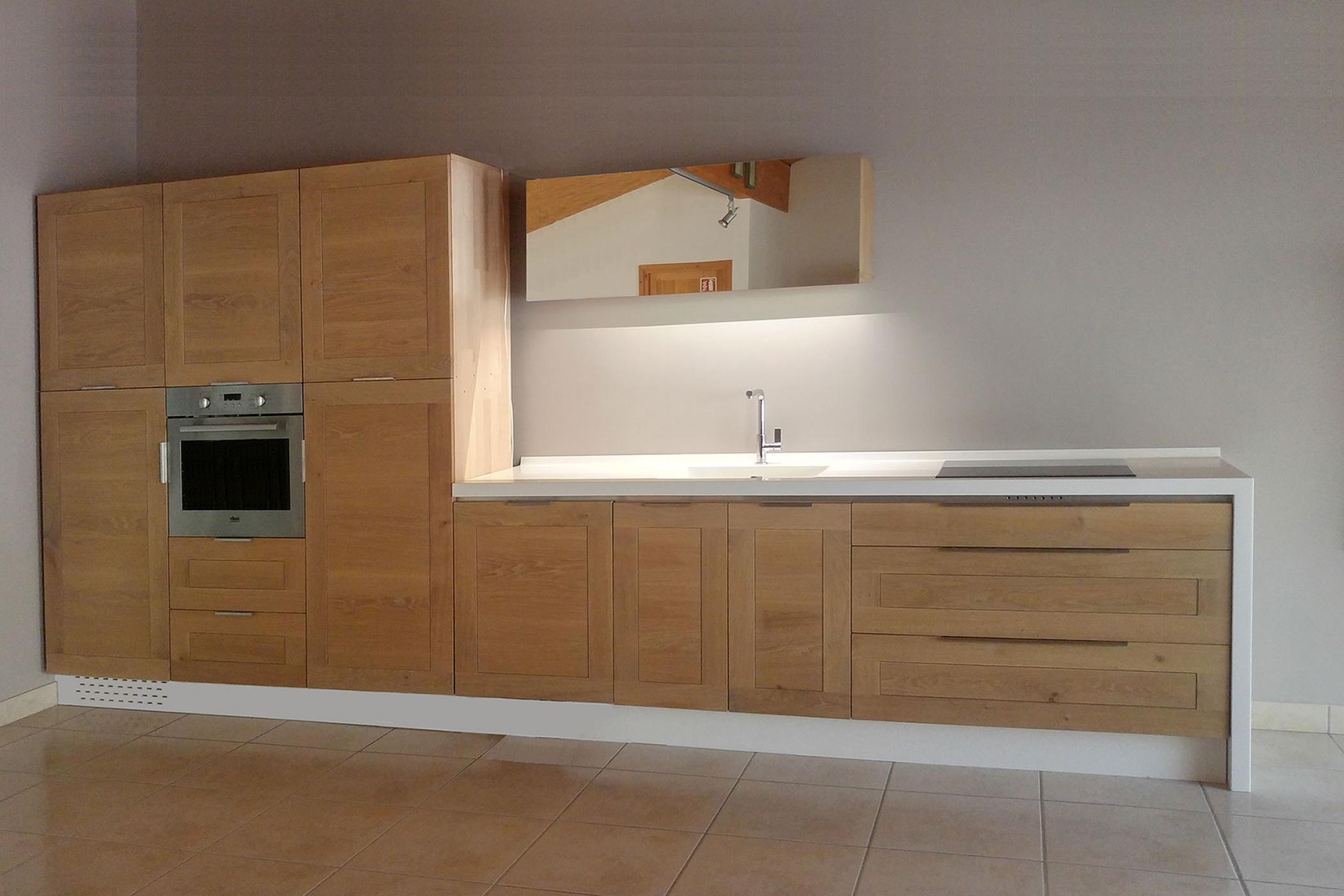 Кухня из массива в стиле минимализм