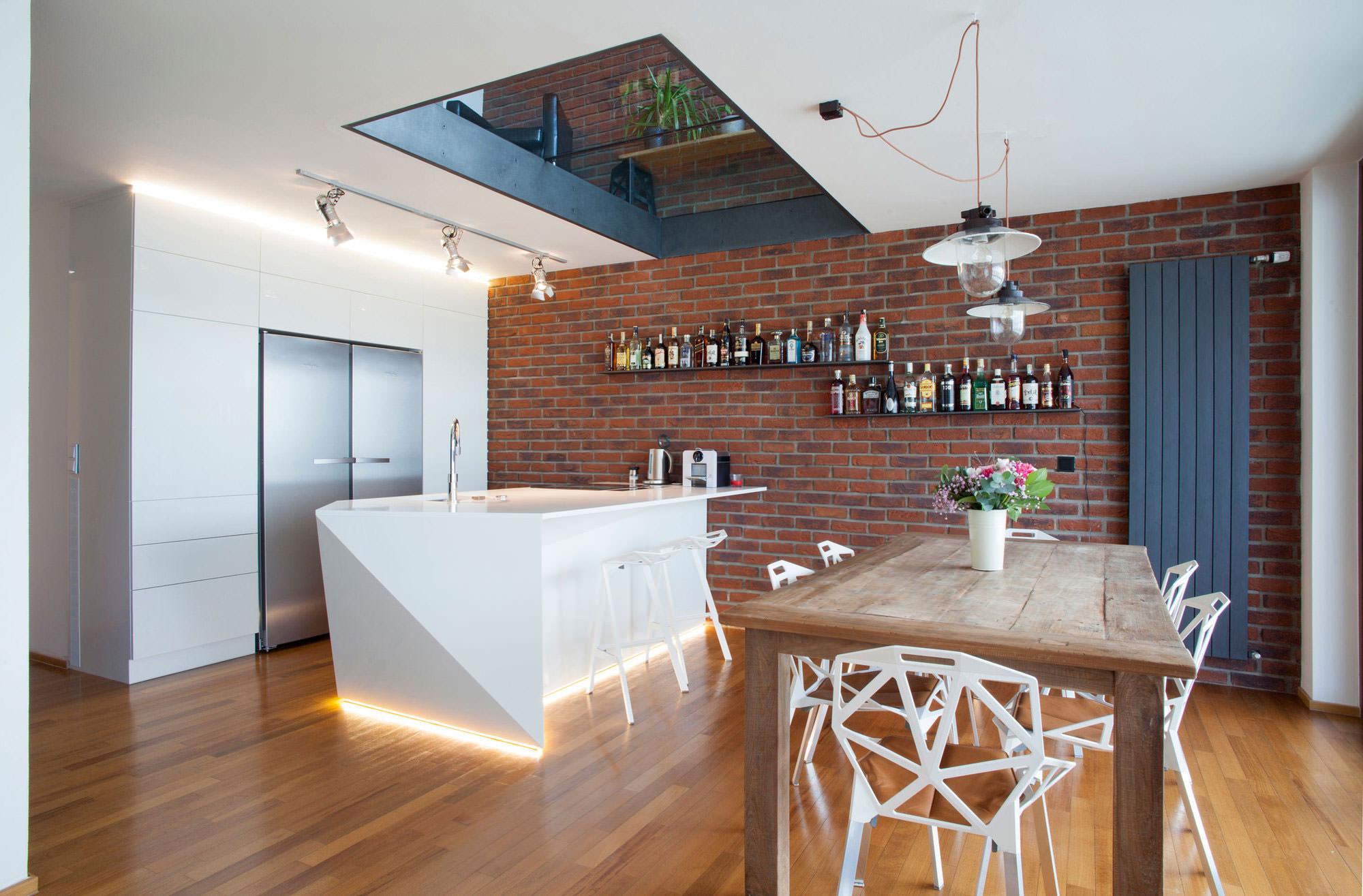 Кирпич на кухне в стиле модерн