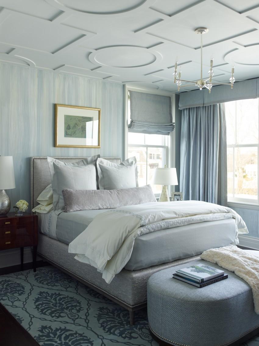 Водяной матрас в спальне в стиле модерн