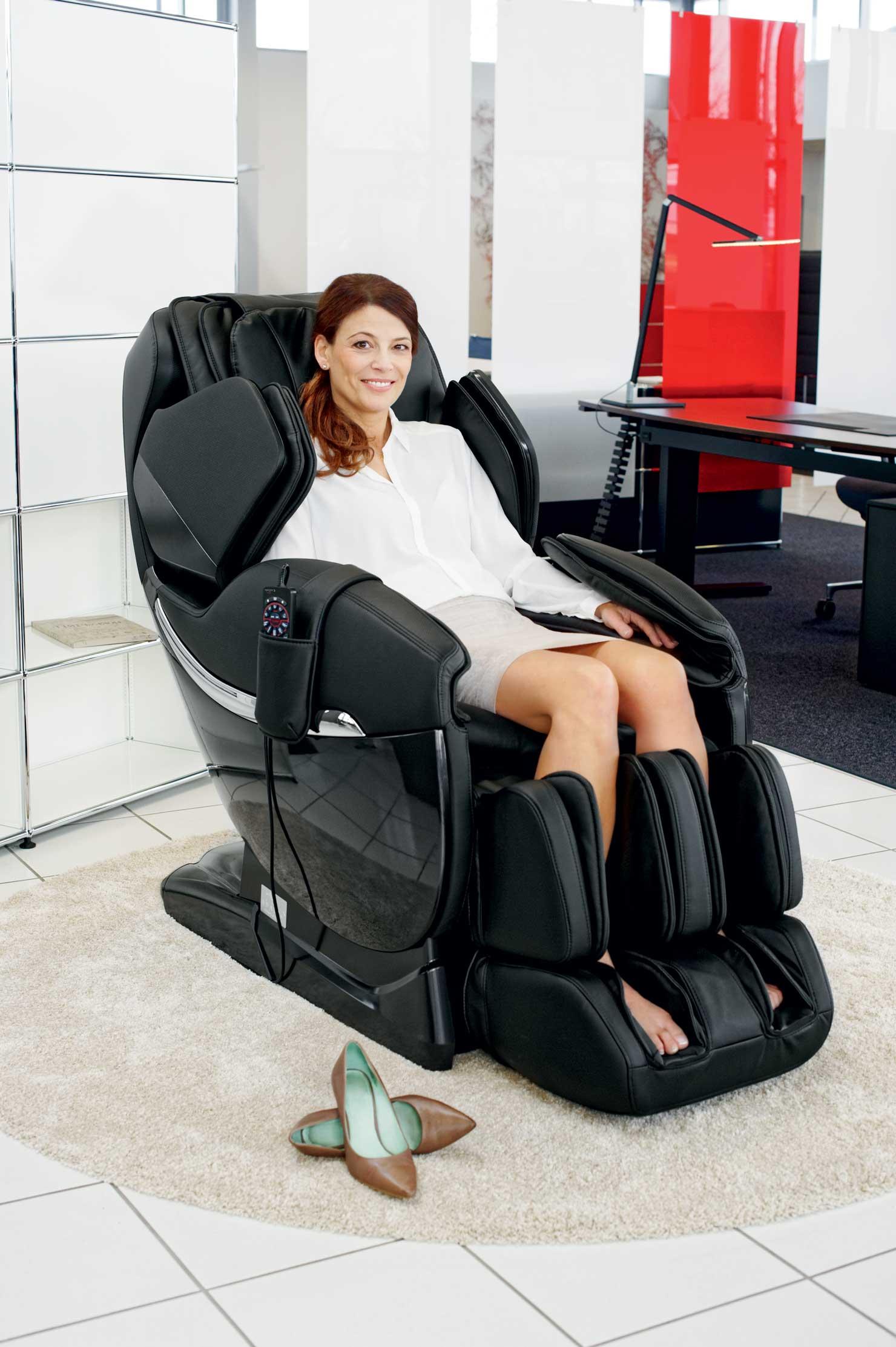 Массажное кресло для офиса
