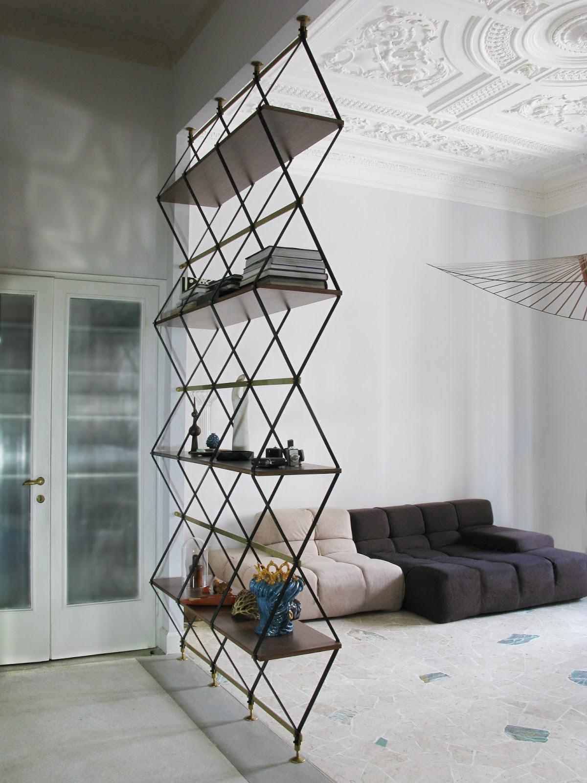 Металлический стеллаж для дома: стильно и практично (22 фото)