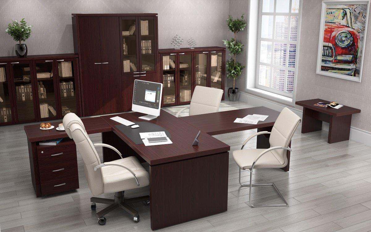 Переговорный стол для кабинета