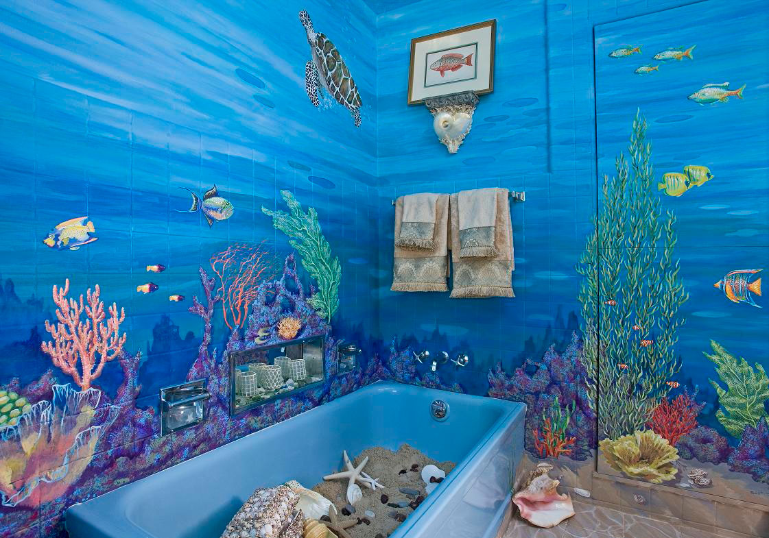 Фотоплитка с рыбами в ванной