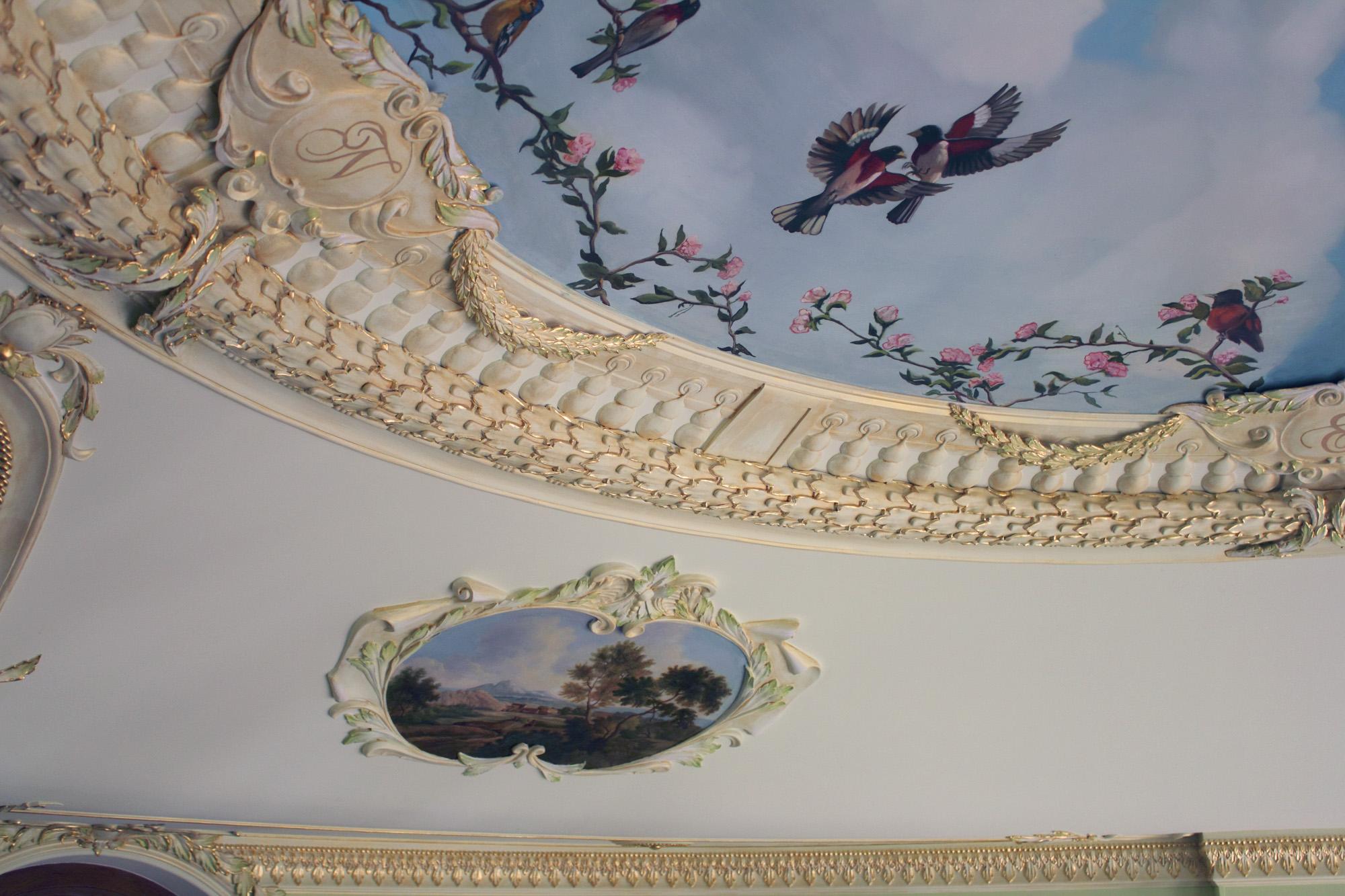 Роспись Художественная Ручная Деревянного Потолка в Квартире Или Доме
