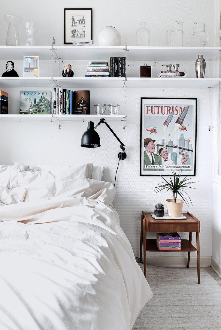 Дизайн узкой спальни в стиле ретро