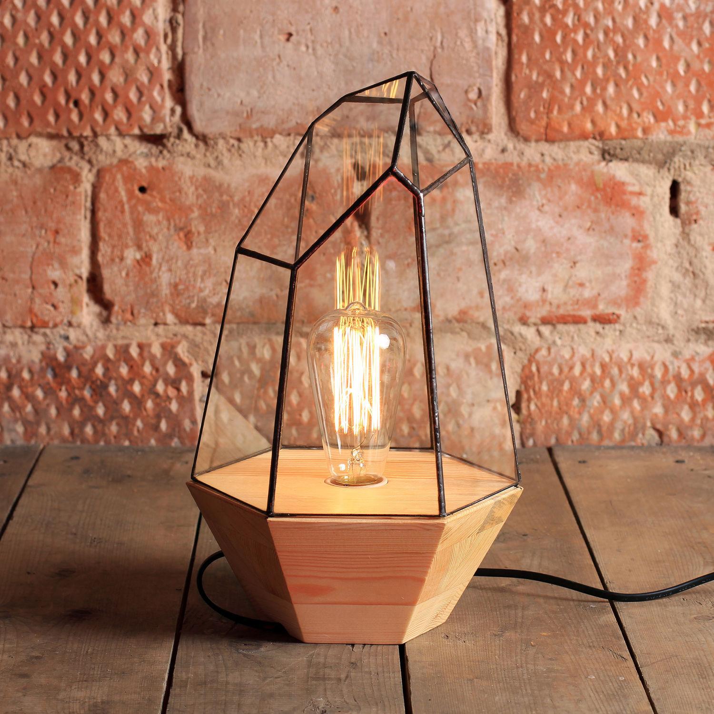 Ночник с ретро-лампой