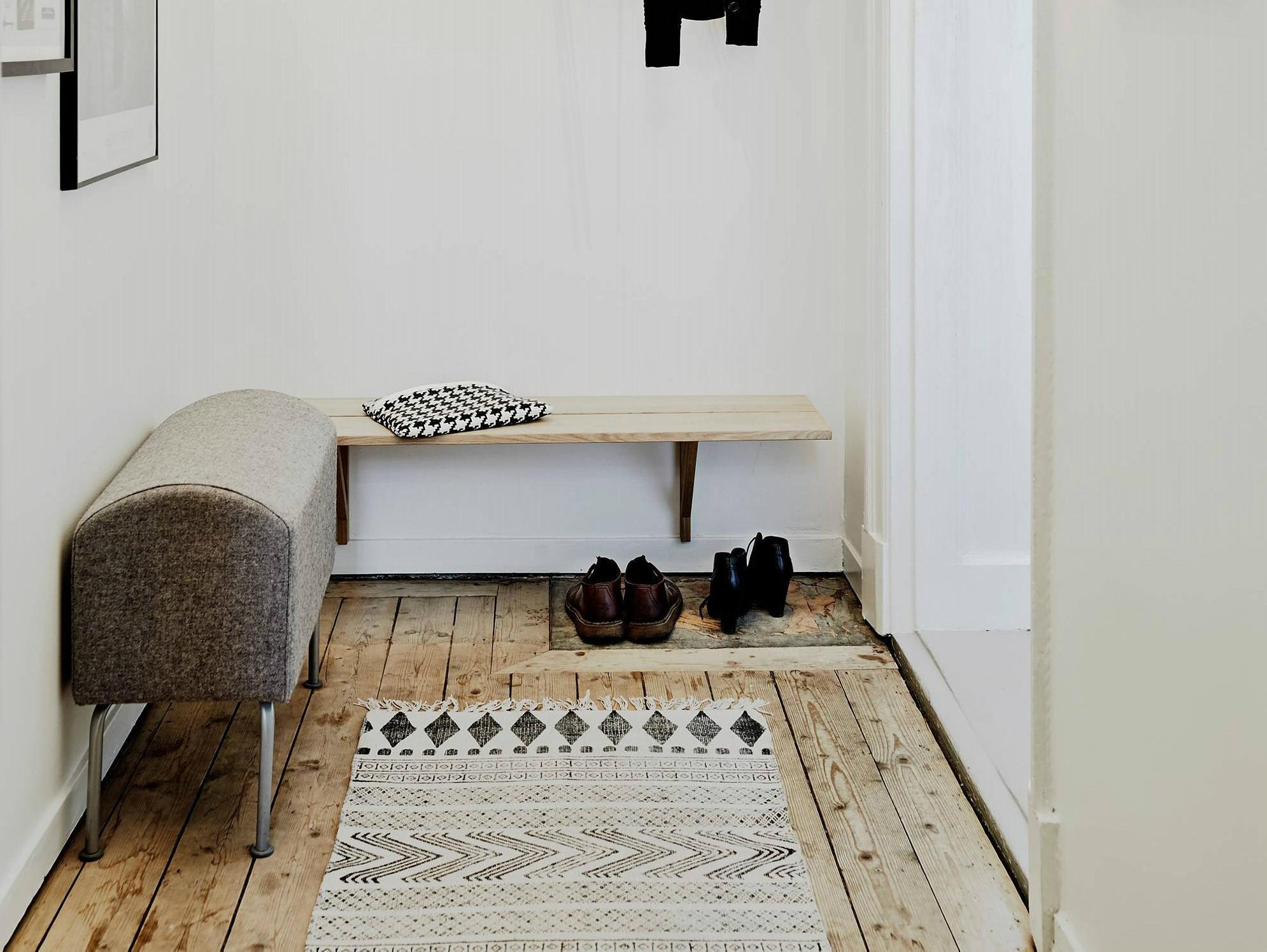 Придверный коврик с геометричным рисунком