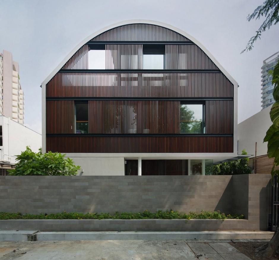 Дом с круглой крышей