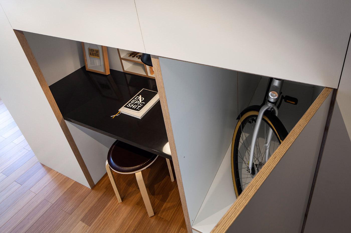 Специальный ящик для хранения велосипеда в шкафу