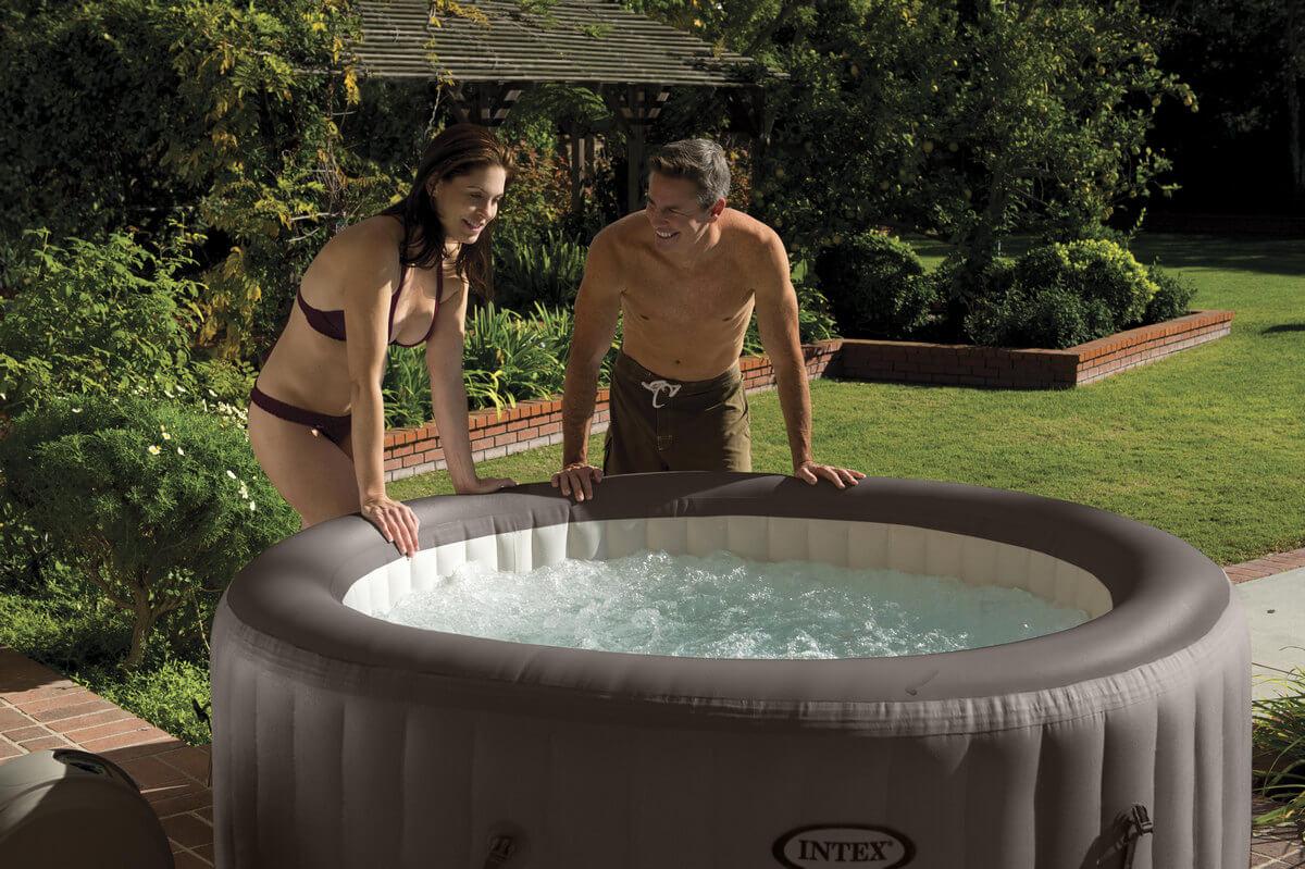Надувной бассейн с гидромассажем