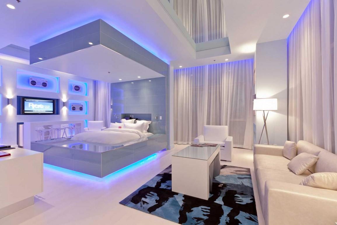 Светодиодное освещение спальни в белом дизайне