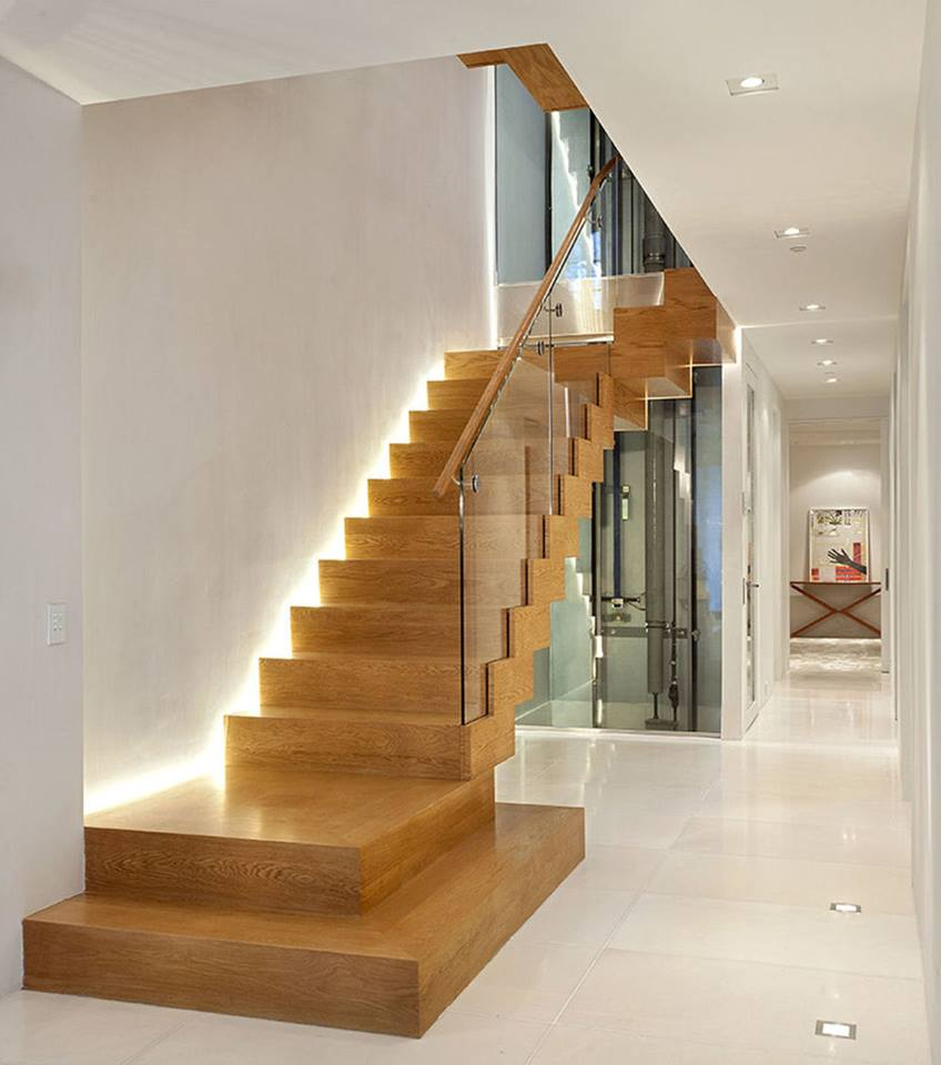 Подсветка лестницы светодиодами