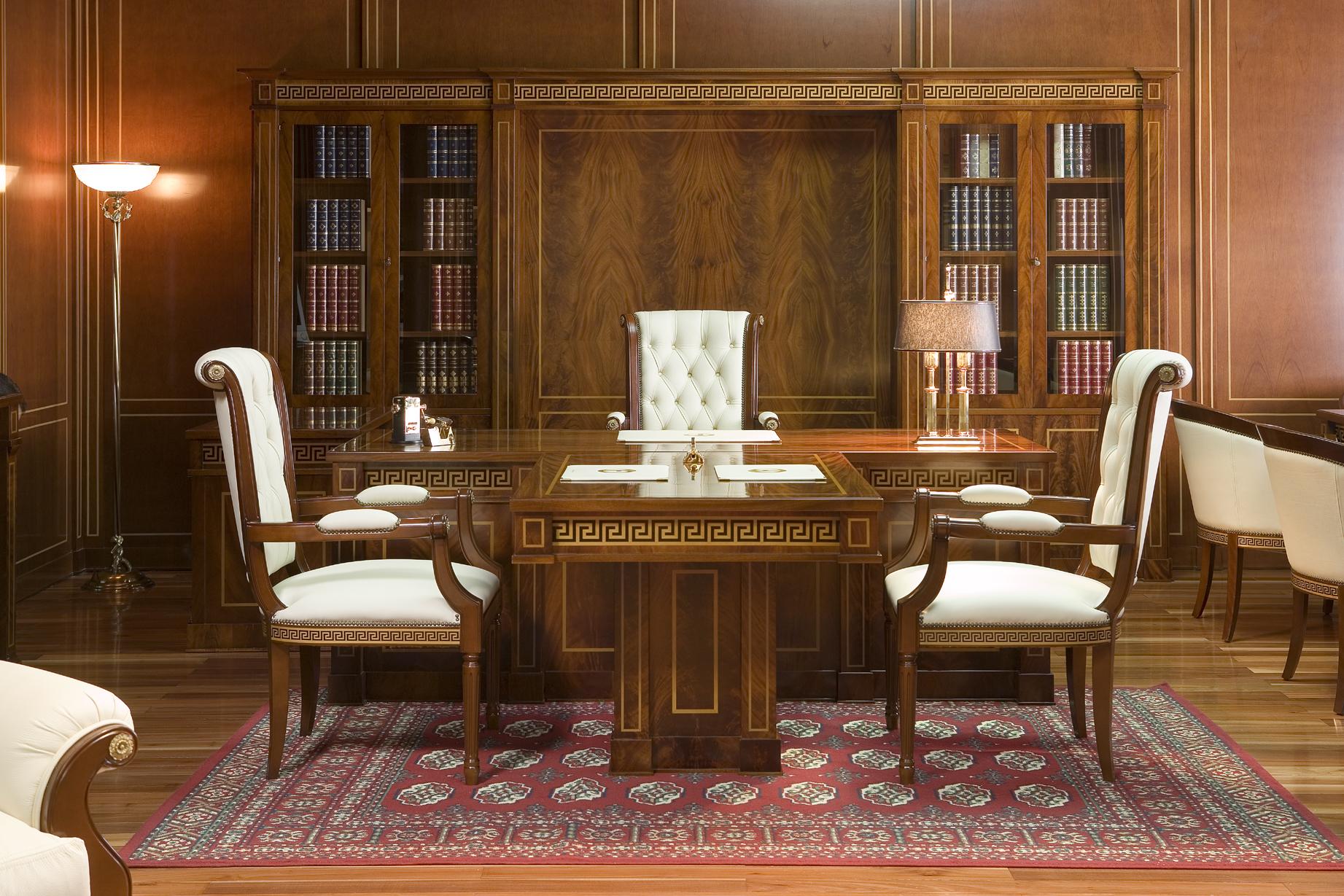 Кожаные стулья для кабинета