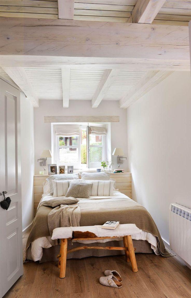 Расстановка мебели в спальне узкой