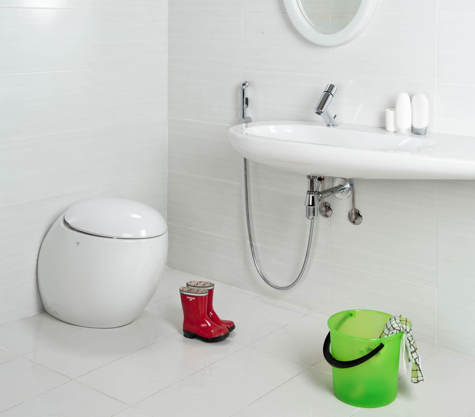 Каскадный смеситель для ванны