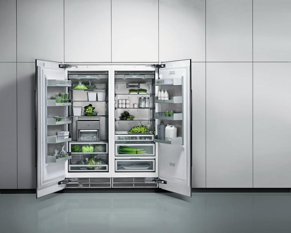 Встроенный двухдверный холодильник