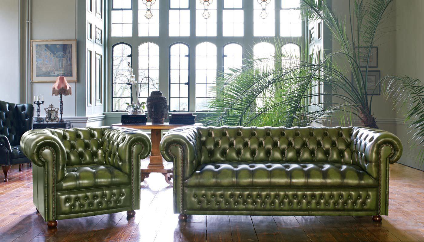 Зеленый диван Честерфилд
