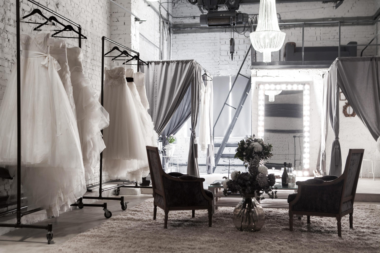 Концептуальный свадебный салон Petale на территории бывшего завода Спектр