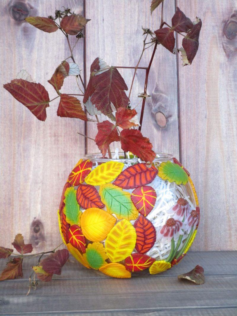 Осенний декор вазы аппликацией