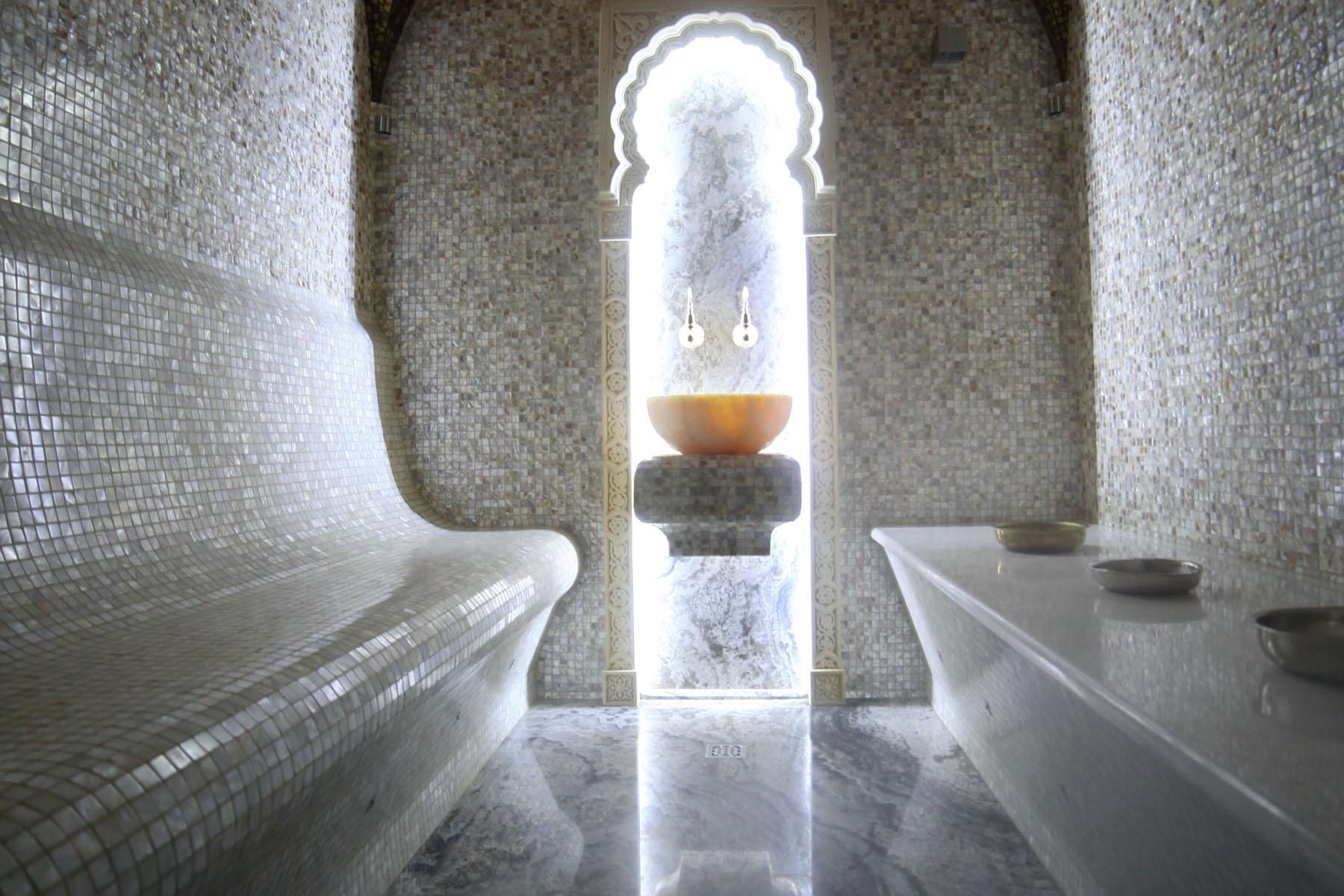 Хамам дома в светлом дизайне