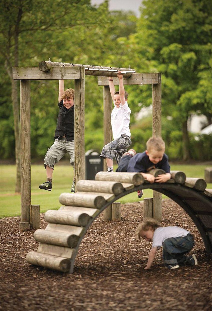 Детская игровая площадка из бруса