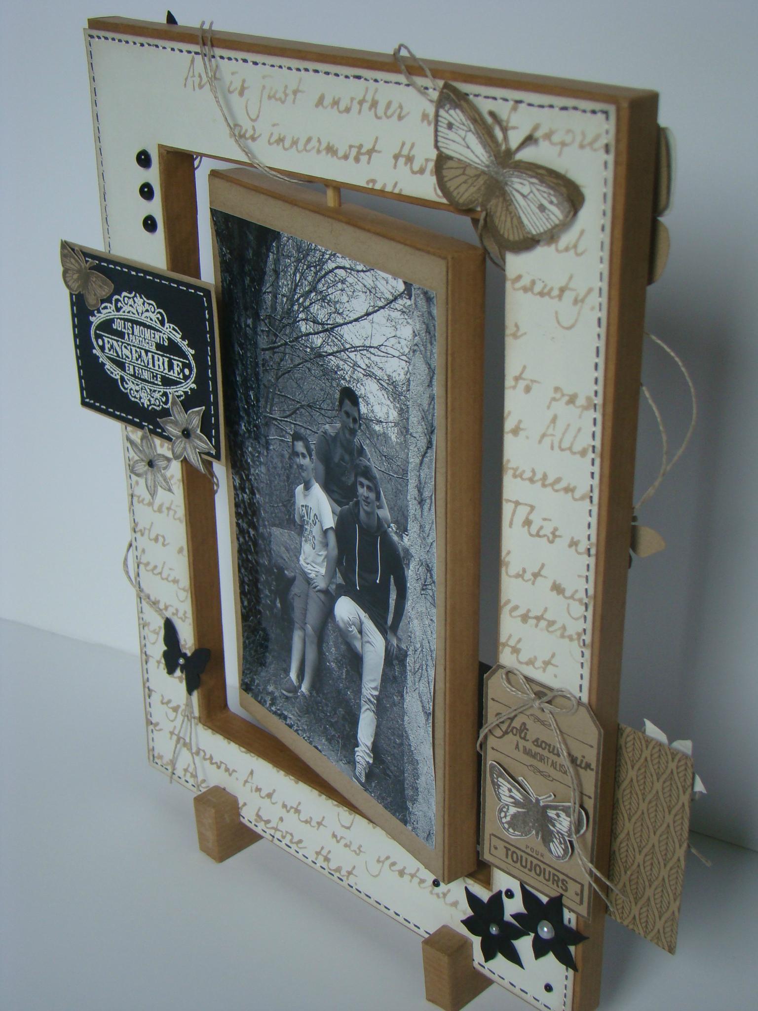 Декор рамки для фото бумагой
