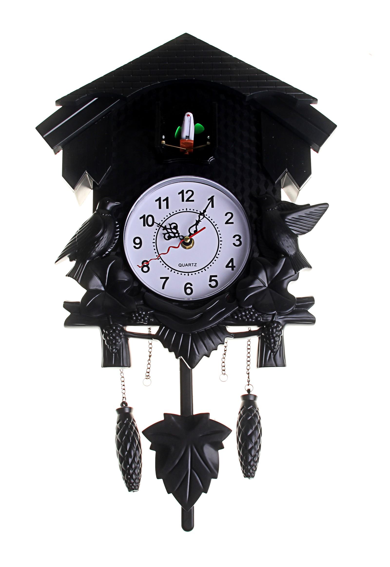 Черные часы с кукушкой