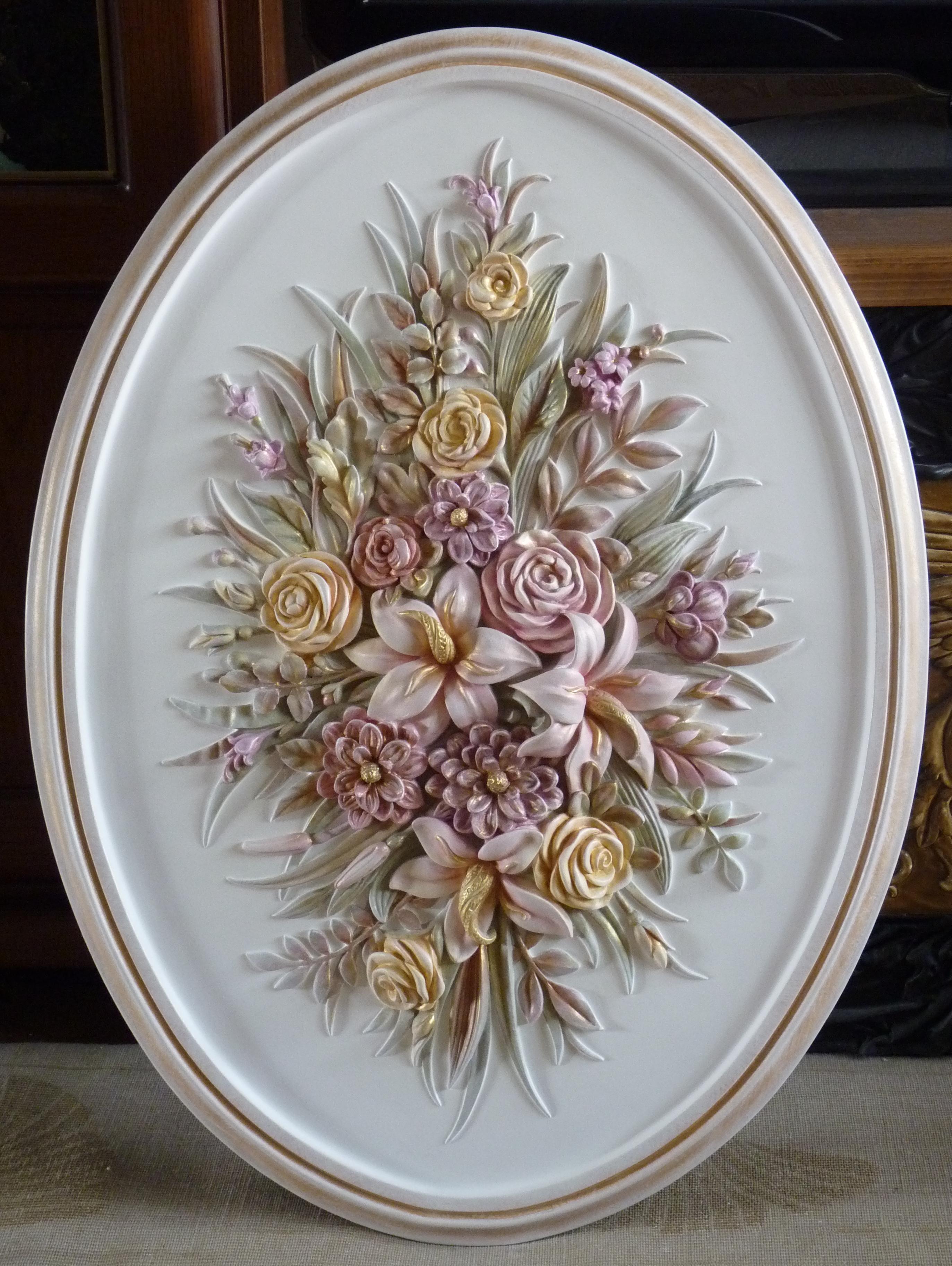 Цветочный лепной декор