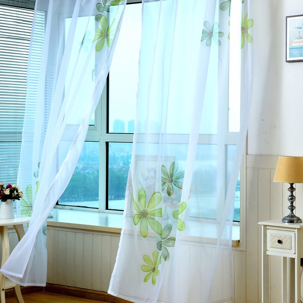 Тюль с цветами в спальне