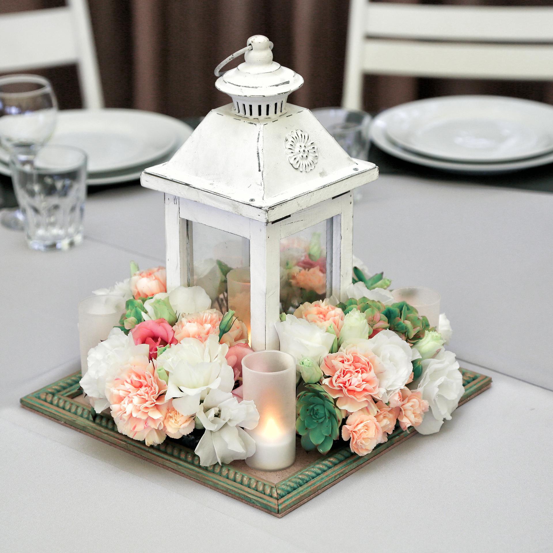 Декор свечей цветами