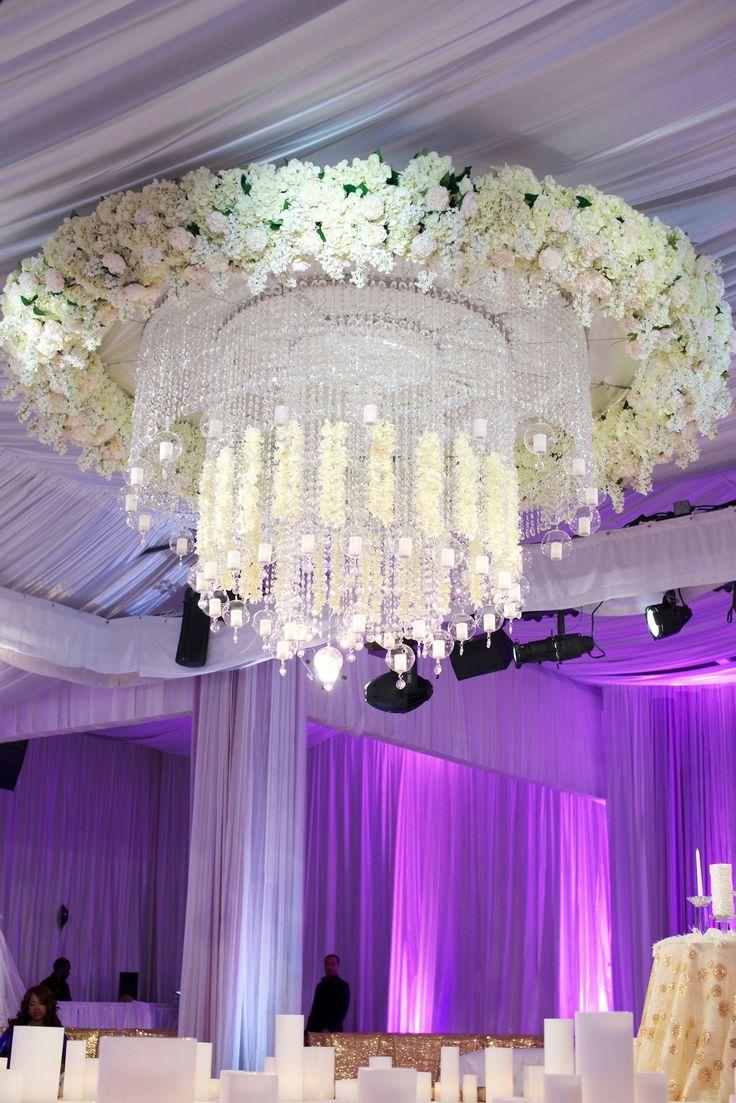 Декор люстры цветами
