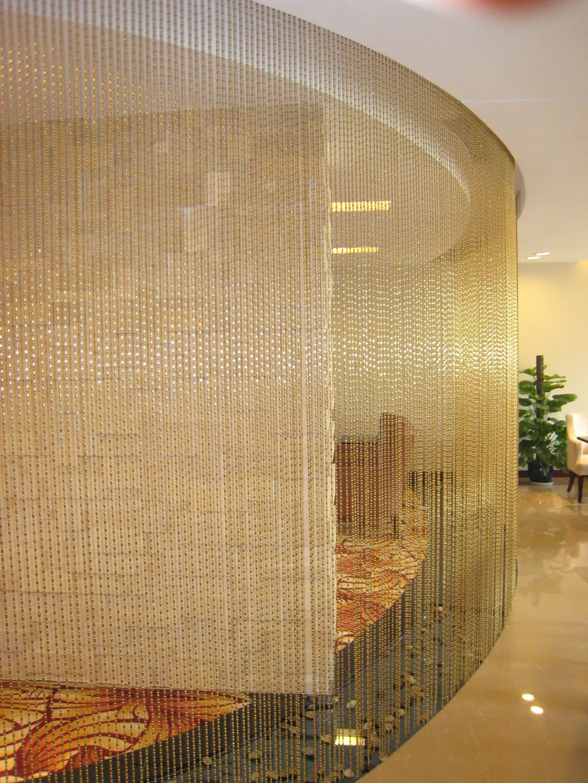 Декоративная штора из бусин