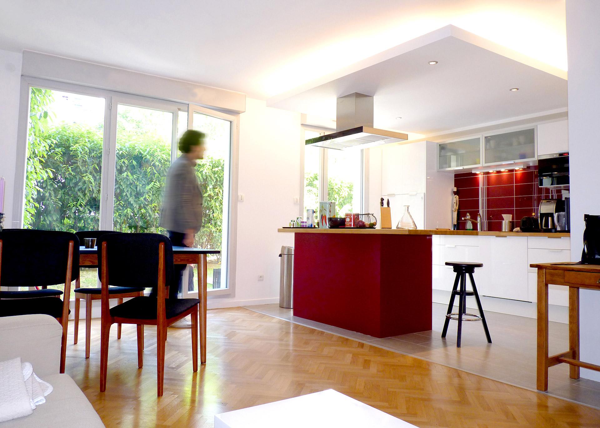 Потолок со светодиодной подсветкой декоративной