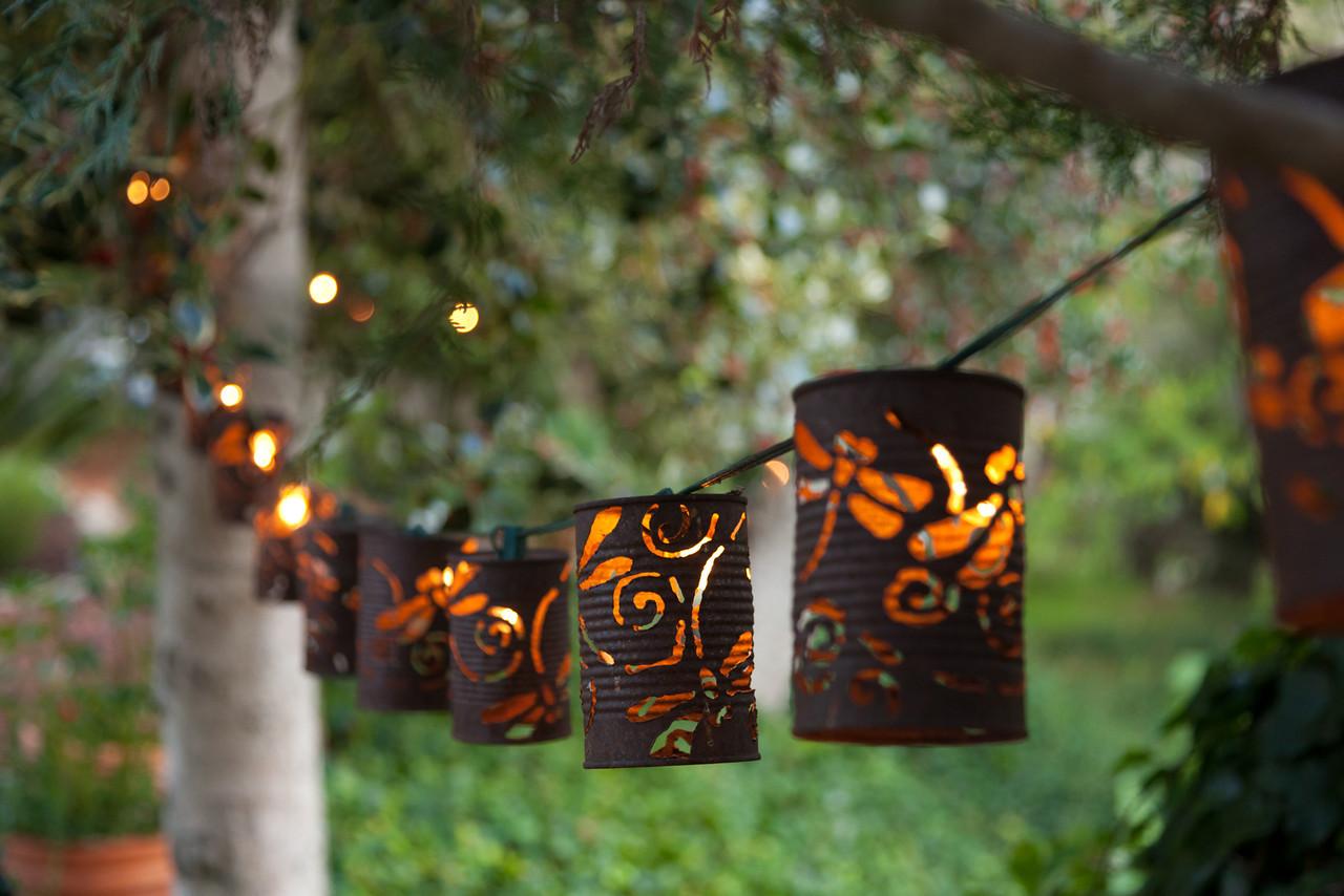 Декоративные фонарики для сада