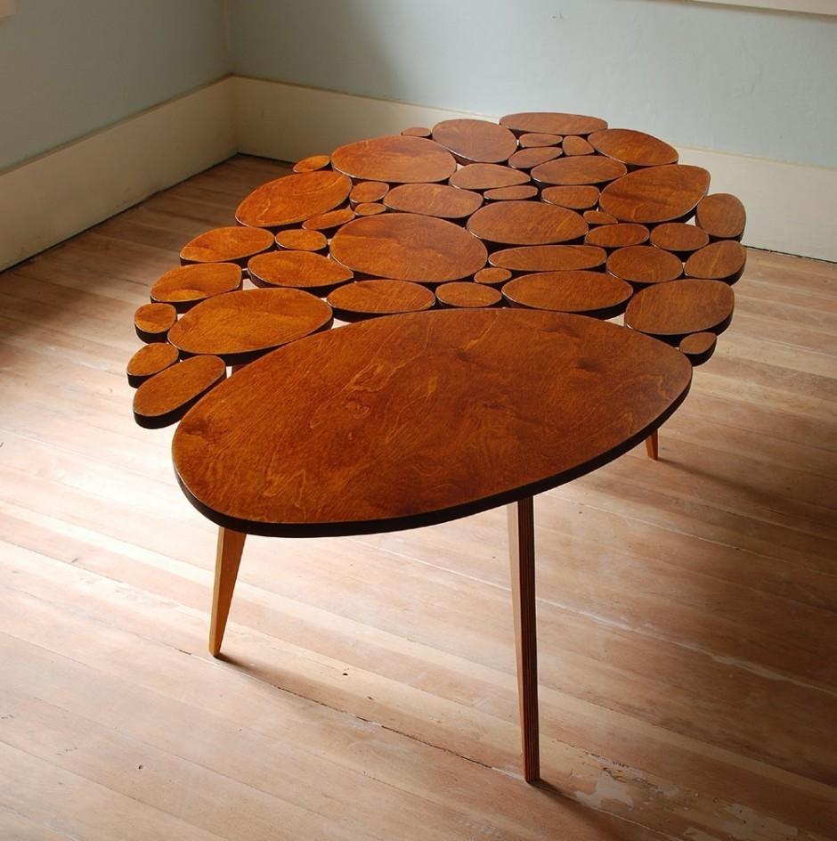 Декор деревянного стола