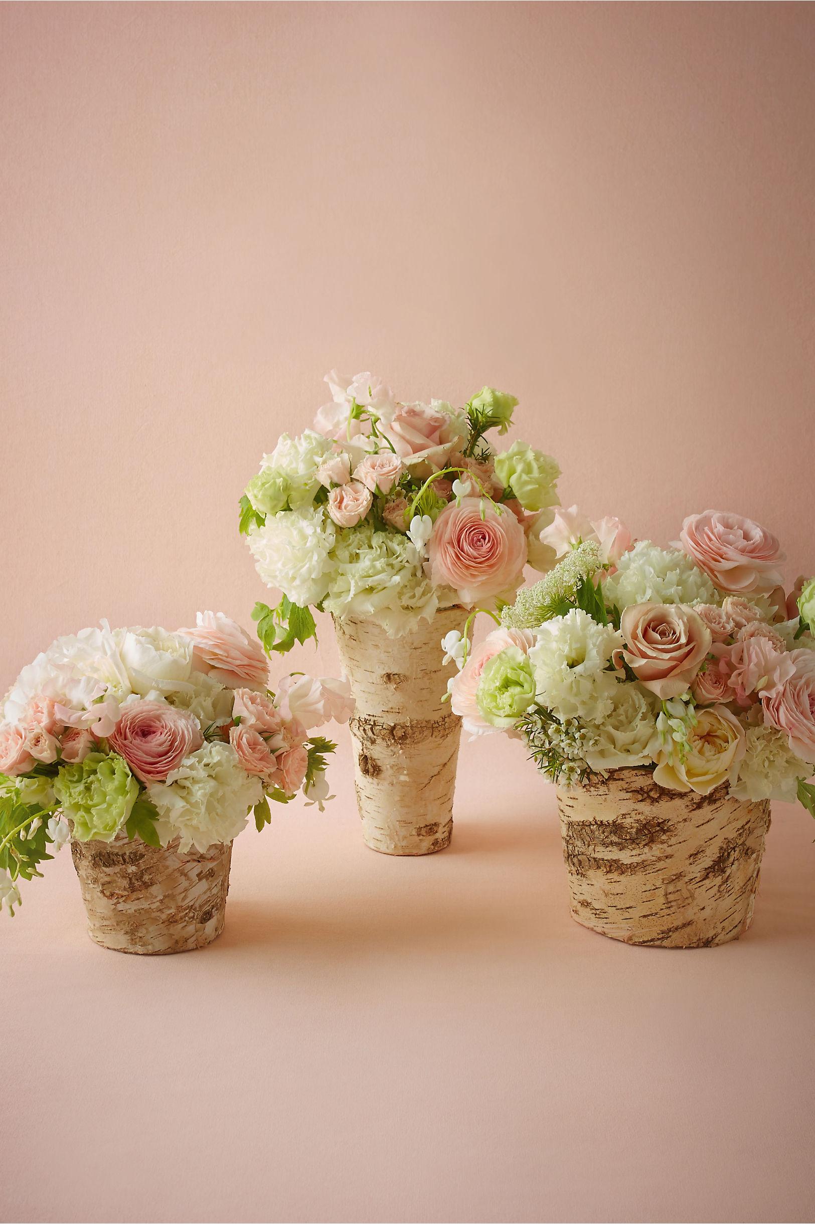 Декор вазы деревом
