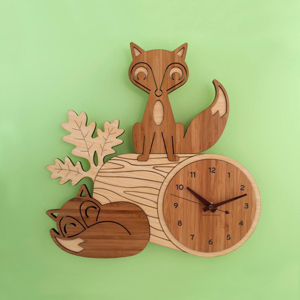 Деревянные декоративные часы
