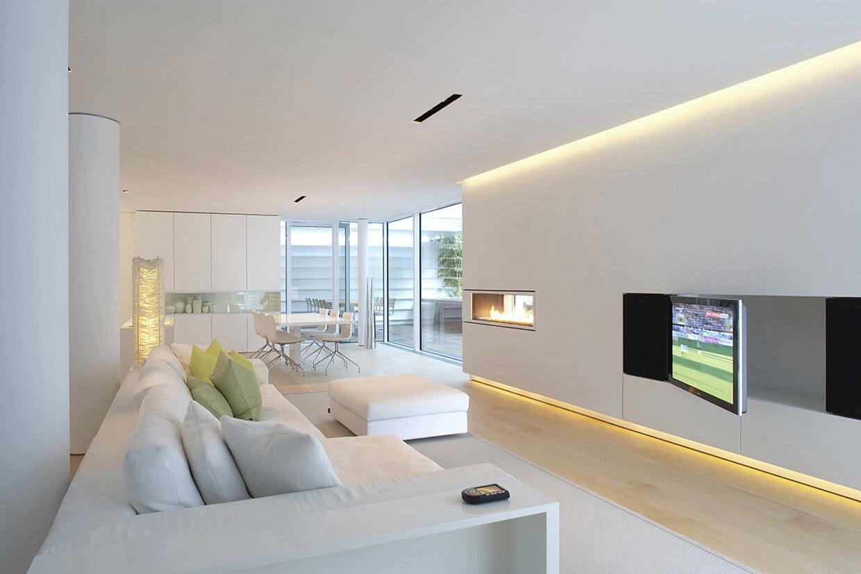 Потолок со светодиодной подсветкой дизайнерский