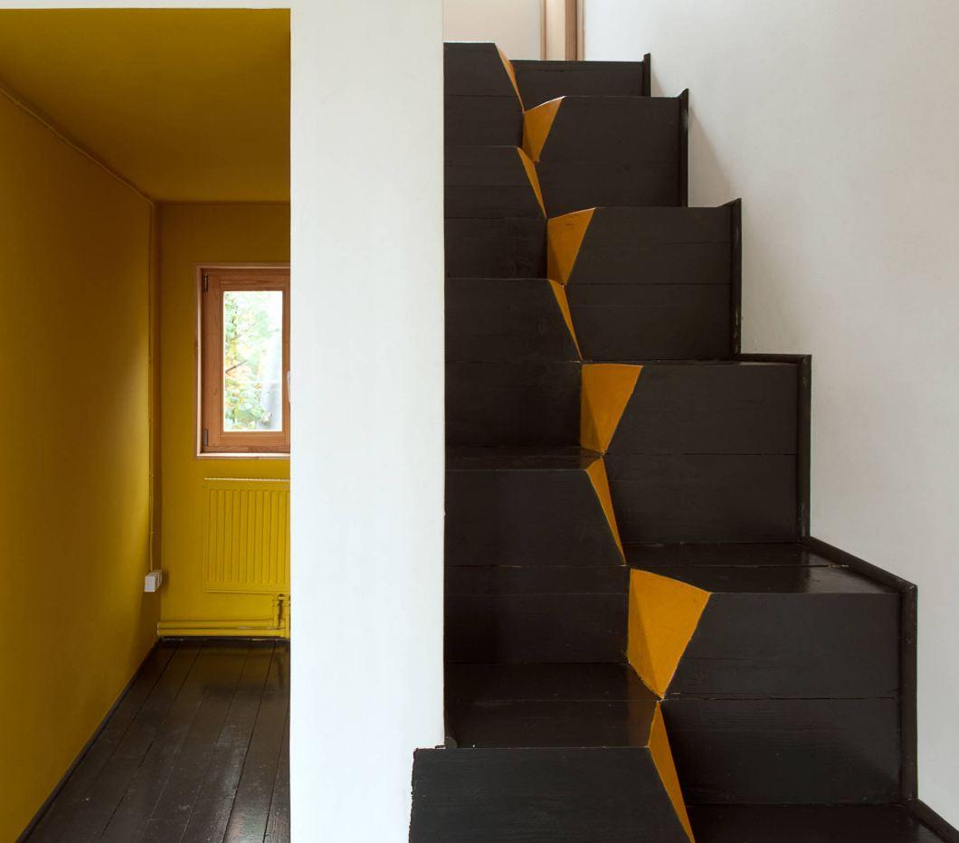 """Дизайнерская лестница """"гусиный шаг"""""""