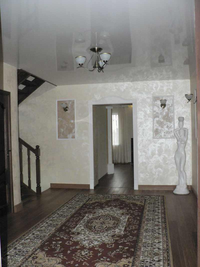 Перламутровая краска в декоре дома