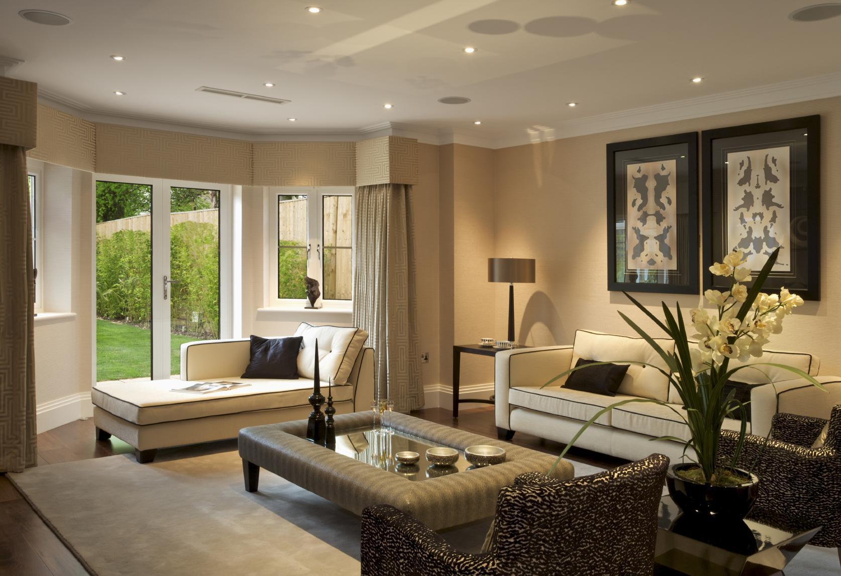 Светодиодная подсветка потолка в доме