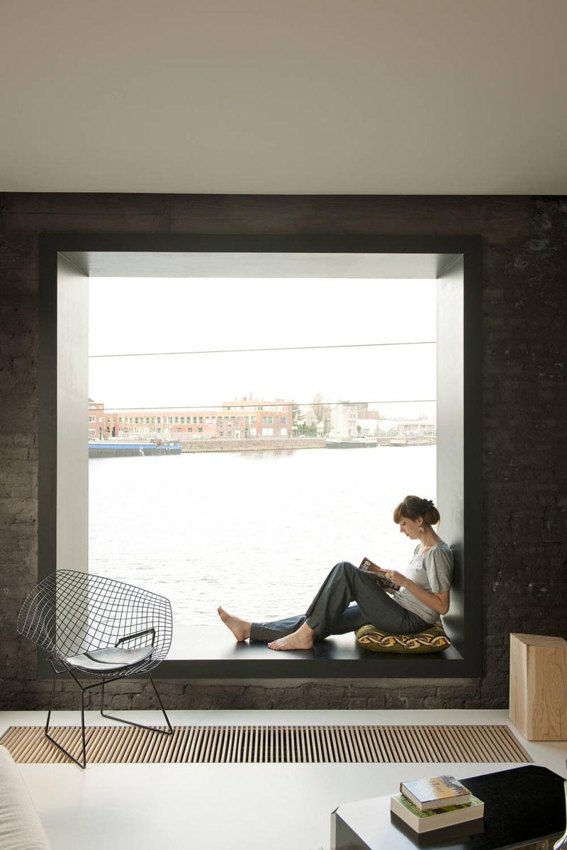 Место для чтения в интерьере дома