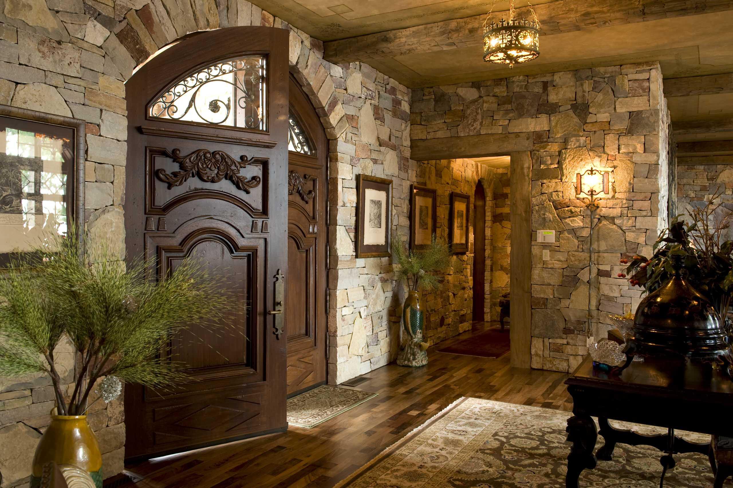 Реставрация двери из дуба