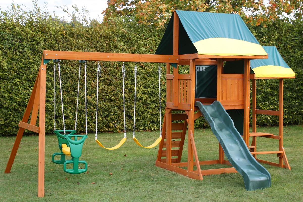 Детская площадка с двухэтажным домиком