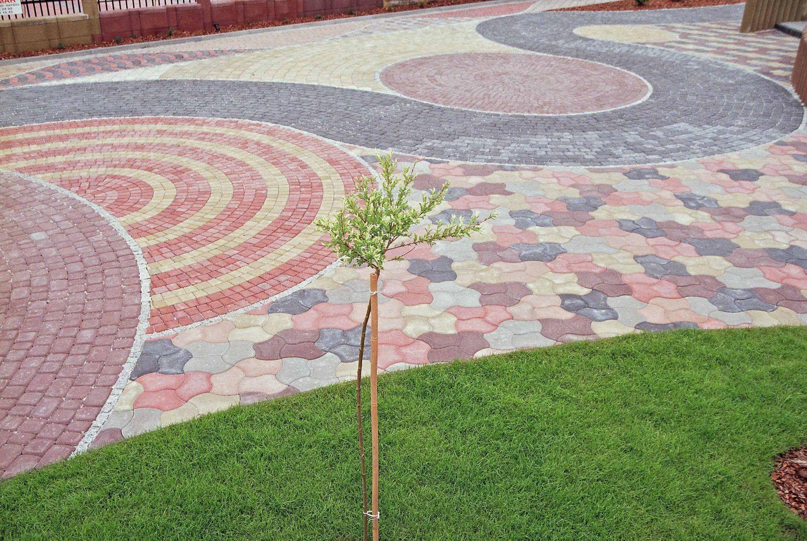Фигурная тротуарная плитка