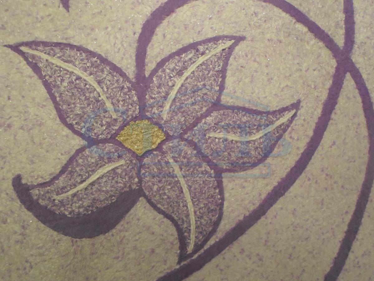 Фиолетовый цветок жидкими обоями