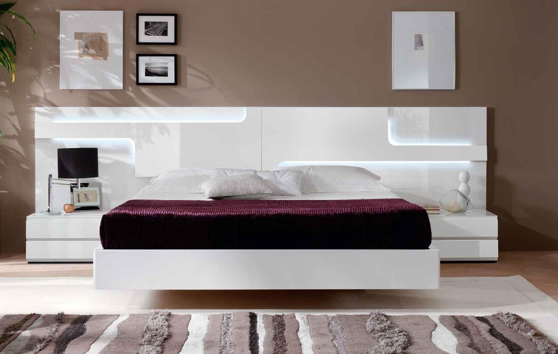 Спальный гарнитур в футуристическом стиле
