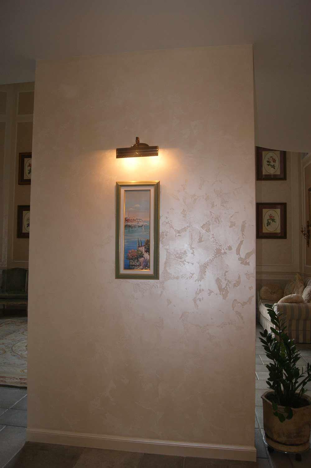 Перламутровая краска в гостиной