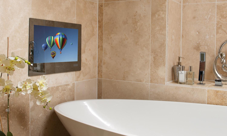 Хромированный телевизор для ванной