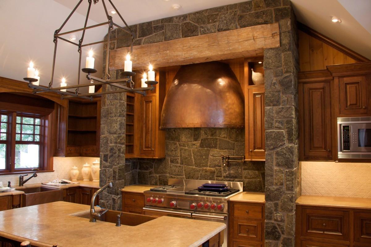 Искусственный камень на кухне